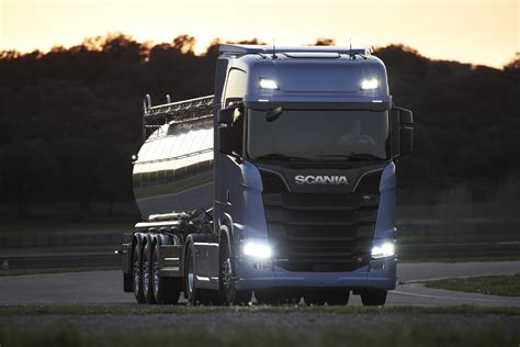 The new Scania truck generation - Scania