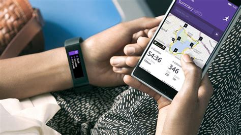 Microsoft goes for smartwatch, launches new cross-platform