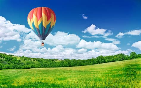 Balloon in Sky Wallpapers   HD Wallpapers   ID #9412